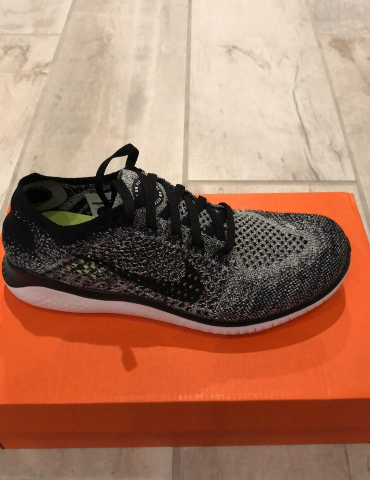 size 40 d693a 2184c Nike Black and White Women's Free Rn Flyknit 2018 Sneakers Size US 7  Regular (M, B) 33% off retail