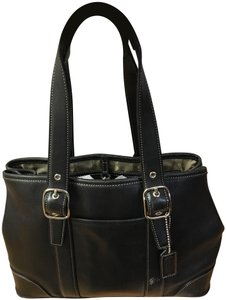 Coach Zipper Closure Inside Pocket Signature Lining Adjustable Straps Satchel in Black
