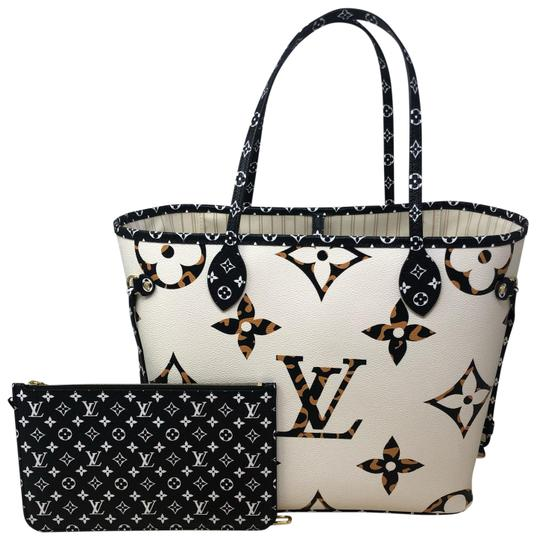 Preload https://img-static.tradesy.com/item/25813504/louis-vuitton-neverfull-jungle-mm-monogram-giant-ivoire-coated-canvas-tote-0-3-540-540.jpg