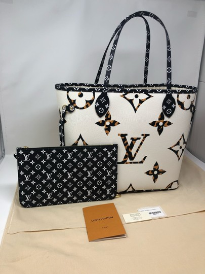 Louis Vuitton Neverfull Neverfull Jungle Neverfull Mm Jungle Collection Jungle Monogram Tote in Ivoire Image 3