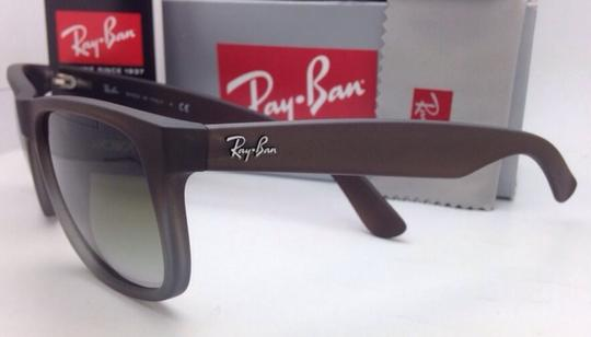 Ray-Ban Ray-Ban Sunglasses JUSTIN RB 4165 854/7Z Rubber Brown on Grey Frames Image 5
