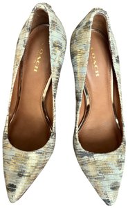 Coach Prom Casual Leather Golden White, Beige, Gold Pumps