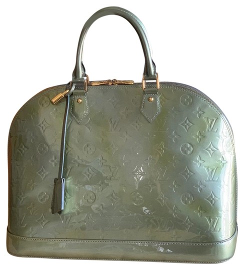 Preload https://img-static.tradesy.com/item/25815413/louis-vuitton-alma-vernis-gm-green-varnished-patent-satchel-0-1-540-540.jpg