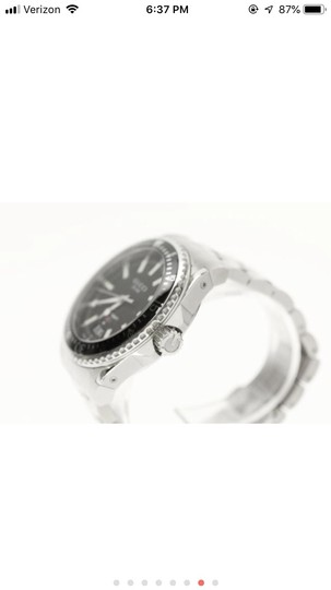 Gucci Silver Divers Watch Image 5