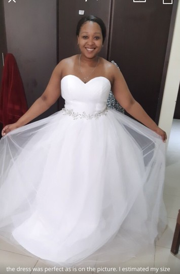 White Or Ivory Sweetheart Gowns 2-26w Standard Or Plus Formal Wedding Dress Size OS (one size) Image 5