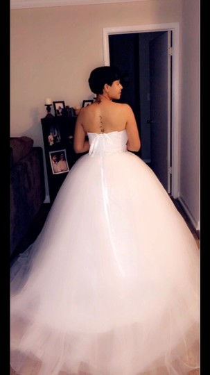 White Or Ivory Sweetheart Gowns 2-26w Standard Or Plus Formal Wedding Dress Size OS (one size) Image 8