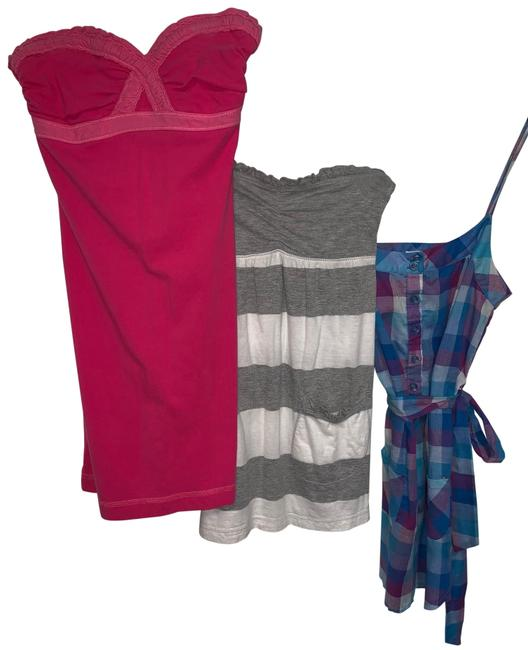 Preload https://img-static.tradesy.com/item/25816021/abercrombie-and-fitch-set-of-three-tank-topcami-size-2-xs-0-1-650-650.jpg