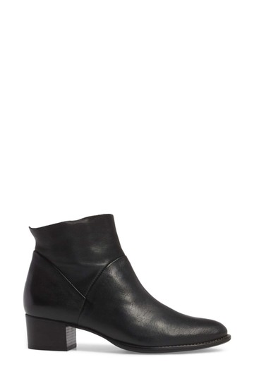 Preload https://img-static.tradesy.com/item/25816033/paul-green-black-nelly-heel-soft-leather-b4-bootsbooties-size-us-75-regular-m-b-0-0-540-540.jpg