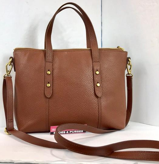 Fossil Tote in brown Image 10