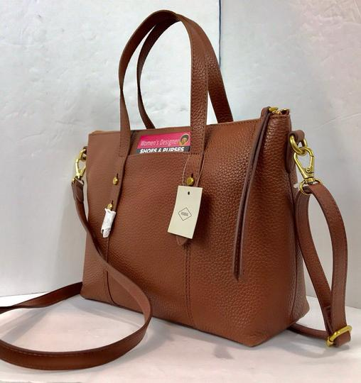 Fossil Tote in brown Image 4