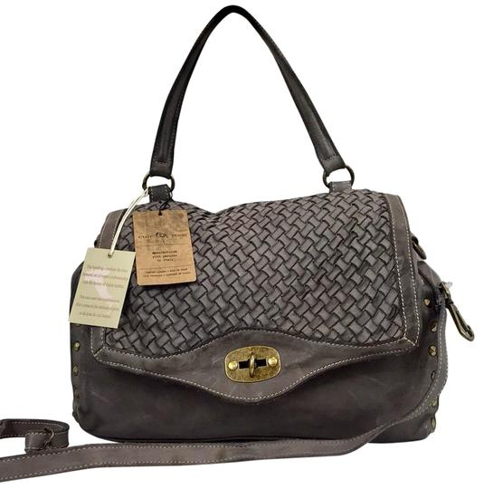 Preload https://img-static.tradesy.com/item/25816219/made-in-italy-vintage-luxury-handbag-gray-woven-leather-cross-body-bag-0-1-540-540.jpg