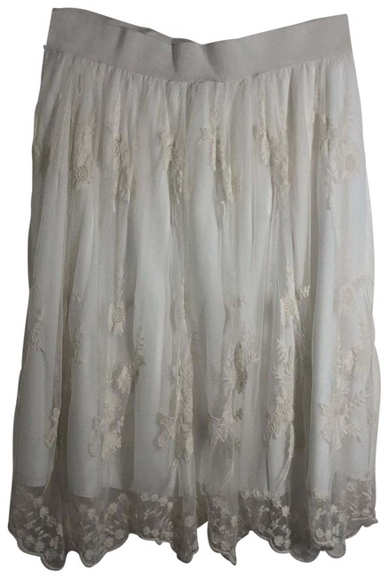 Item - White Sheer Lace Floral Embroidery Skirt Size 8 (M, 29, 30)