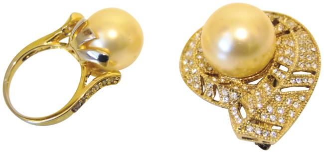 Item - Goldtone/.925 Faux Golden South Sea Pin and Set Ring