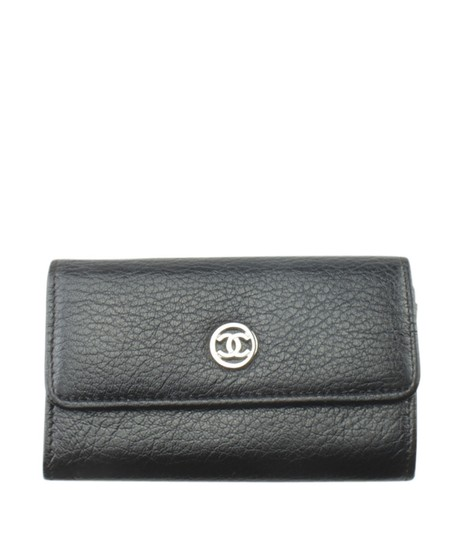 Preload https://img-static.tradesy.com/item/25817017/chanel-black-key-pouch-a33928-vintage-solid-leather-key-ring-175493-0-0-540-540.jpg