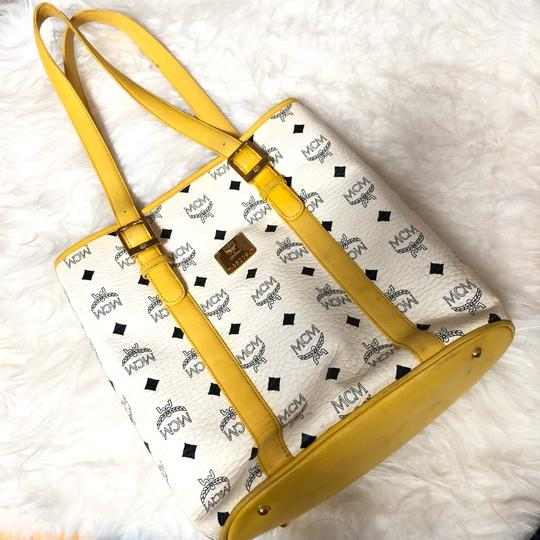MCM Tote in yellow, white with gold hardware Image 5