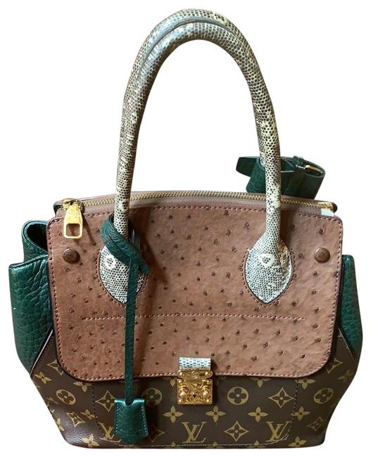 Item - Brown/Green Ostrich Leather Baguette