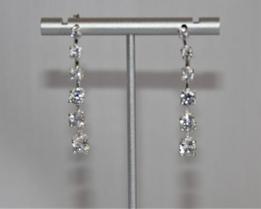 unbranded Elegant Polished Silver Linear Sparkling Cubic Zirconia Earrings Image 5