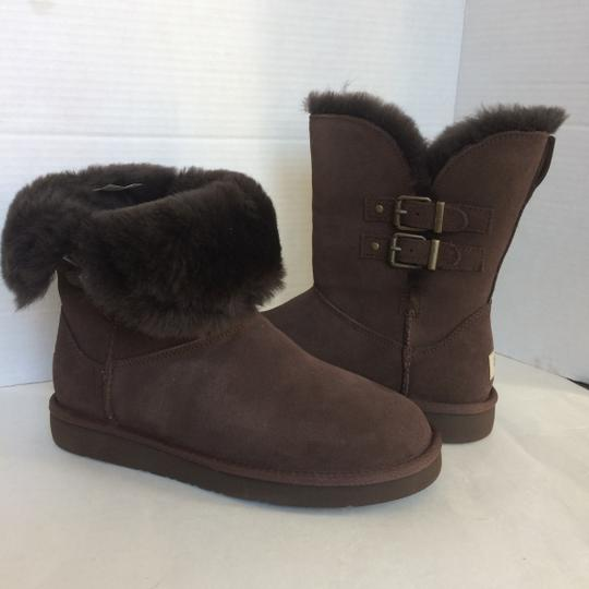 UGG Australia New In Box New With Tags Sale CHESTNUT Boots Image 6