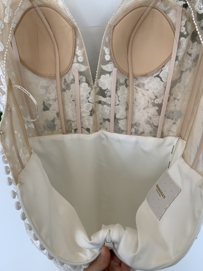 Pronovias Off White Crepe Lace and Tulle Alcyone Sexy Wedding Dress Size 8 (M) Image 5