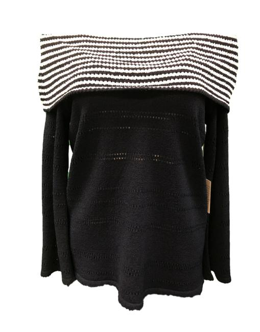 Preload https://img-static.tradesy.com/item/25819820/ball-of-cotton-off-shoulder-navywhite-sweater-0-0-650-650.jpg