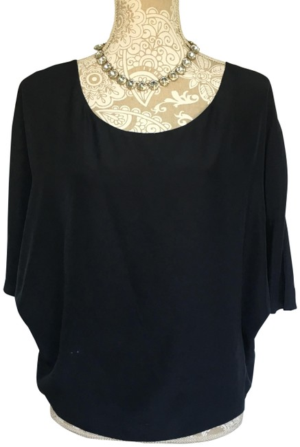 Preload https://img-static.tradesy.com/item/25820023/vince-navy-blue-silk-blouse-size-8-m-0-1-650-650.jpg