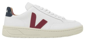 Veja Sneakers Athletic