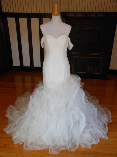 Pronovias Ivory Profeta Destination Wedding Dress Size 10 (M) Image 0