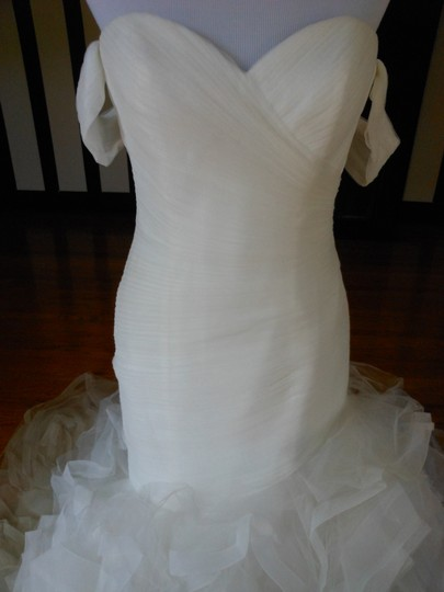 Pronovias Ivory Profeta Destination Wedding Dress Size 10 (M) Image 3