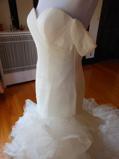 Pronovias Ivory Profeta Destination Wedding Dress Size 10 (M) Image 4