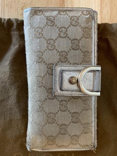 Gucci Gucci Authentic Gold and GG wallet Image 2