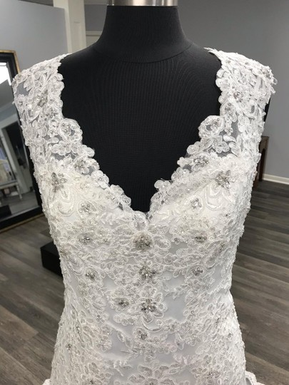Mori Lee Ivory Traditional Wedding Dress Size 12 (L) Image 1