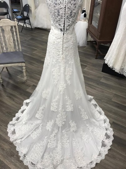 Mori Lee Ivory Traditional Wedding Dress Size 12 (L) Image 5