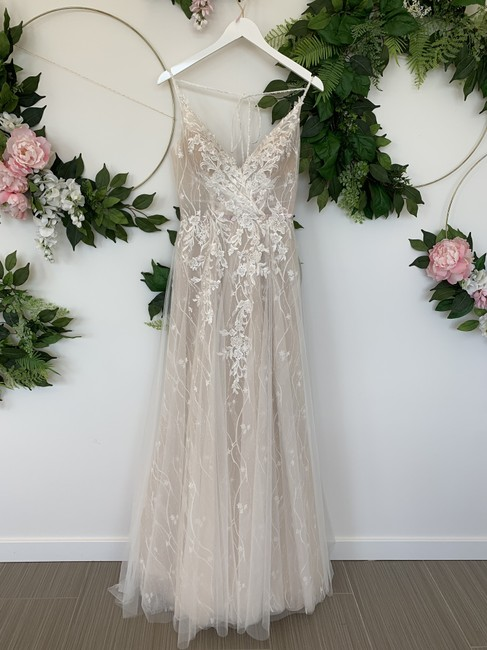 Item - Blush and Off White Tulle Lace Hyperion Modern Wedding Dress Size 4 (S)