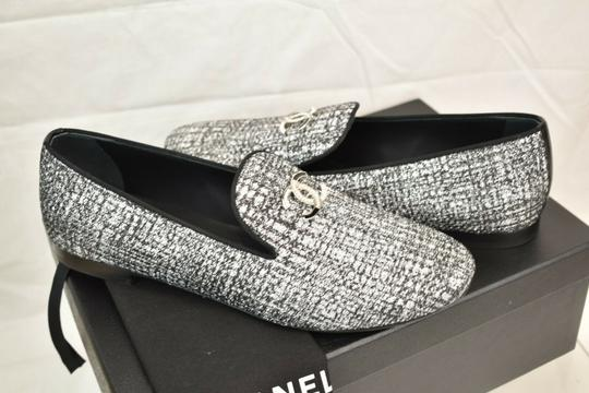 Chanel Silver Flats Image 3