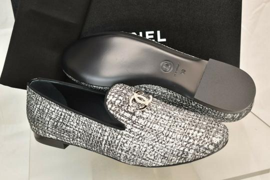 Chanel Silver Flats Image 10