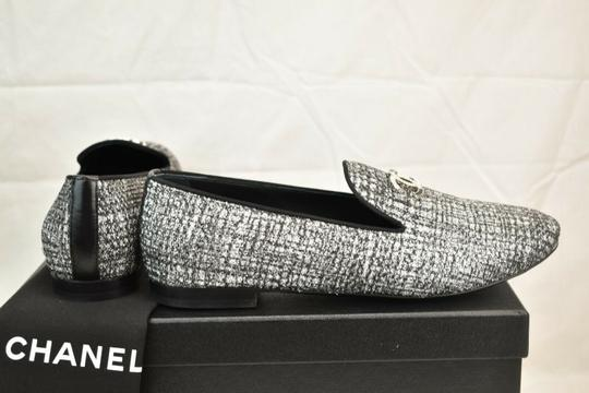 Chanel Silver Flats Image 5