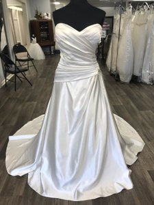 House of Wu Ivory Satin Traditional Wedding Dress Size 18 (XL, Plus 0x)