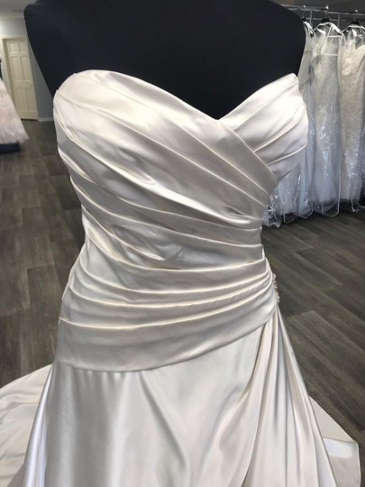 House of Wu Ivory Satin Traditional Wedding Dress Size 18 (XL, Plus 0x) Image 2