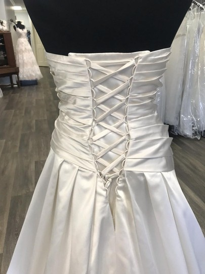 House of Wu Ivory Satin Traditional Wedding Dress Size 18 (XL, Plus 0x) Image 3