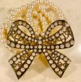 Unbranded Antique Gold Color Bow Pearl Bracelet Unbranded Antique Gold Color Bow Pearl Bracelet Image 7