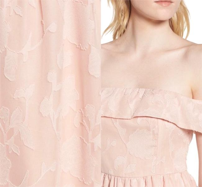 Preload https://img-static.tradesy.com/item/25822071/cupcakes-and-cashmere-peach-honey-off-shoulder-mid-length-cocktail-dress-size-10-m-0-1-650-650.jpg