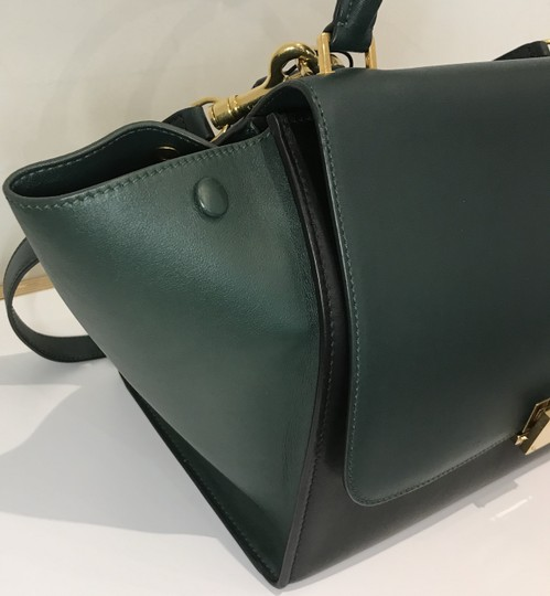 Céline Bicolor Trapeze Satchel in black and green Image 10