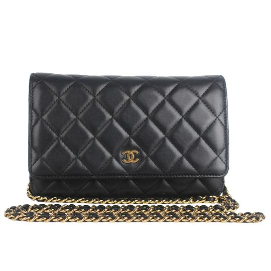 Preload https://img-static.tradesy.com/item/25822129/chanel-wallet-on-chain-near-new-condition-7584-black-leather-cross-body-bag-0-0-540-540.jpg