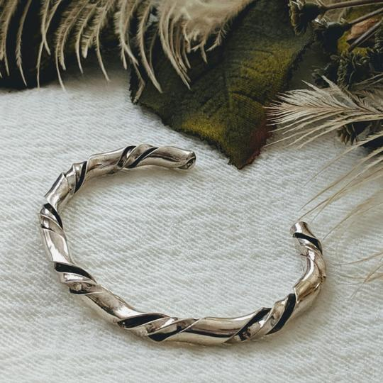 Vintage Native American Vintage Native American Sterling Silver Twisted Cuff Image 2