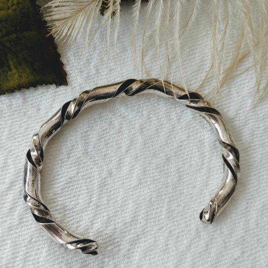 Vintage Native American Vintage Native American Sterling Silver Twisted Cuff Image 5