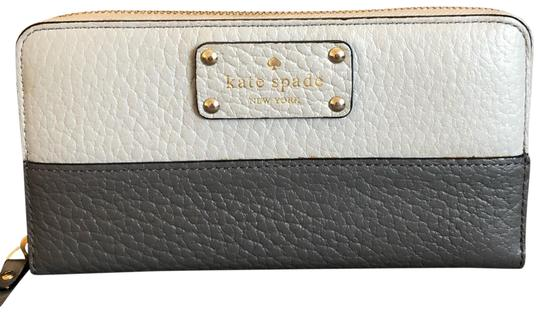 Preload https://img-static.tradesy.com/item/25822241/kate-spade-gray-grove-court-lacey-wallet-0-1-540-540.jpg