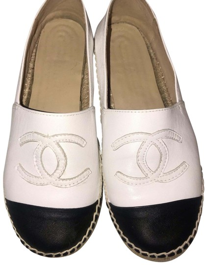 Chanel Black and White Flats Image 0