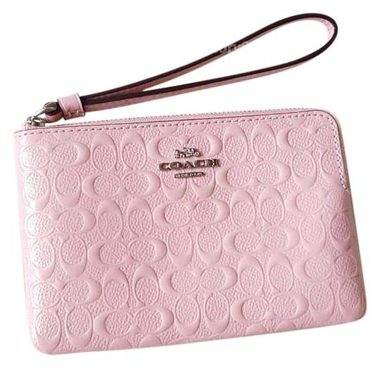 Preload https://img-static.tradesy.com/item/25822593/coach-petalsilver-corner-zip-f58034-signature-leather-wristlet-wallet-0-1-540-540.jpg