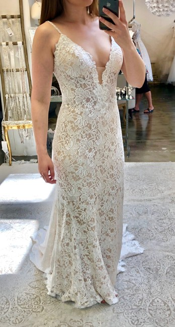 Allure Bridals Champagne/Ivory Lace Reduced Price Sheath Gown Feminine Wedding Dress Size 8 (M) Allure Bridals Champagne/Ivory Lace Reduced Price Sheath Gown Feminine Wedding Dress Size 8 (M) Image 1