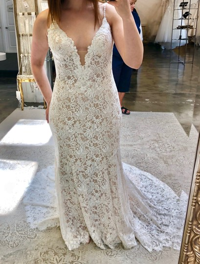 Allure Bridals Champagne/Ivory Lace & Gown Never Worn Feminine Wedding Dress Size 8 (M) Image 3